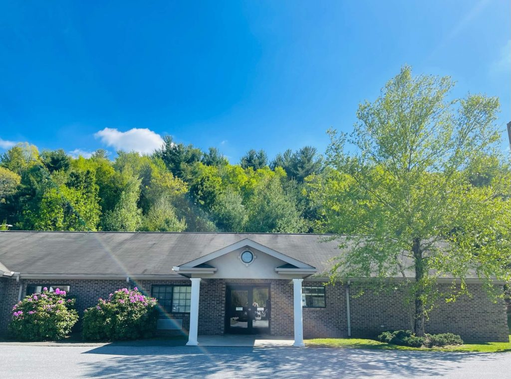 Beautiful Skilled Nursing Home Boone, NC in the Spring